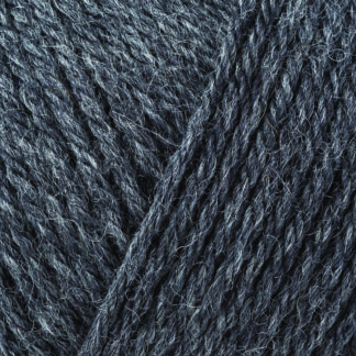 Pure Wool Superwash Worsted -00155 Charcoal Grey