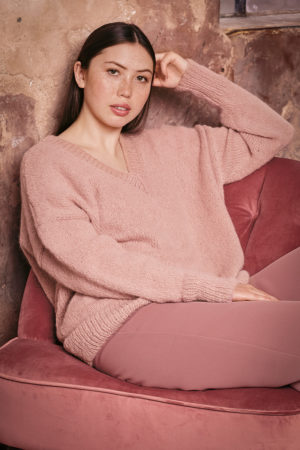 Wooladdicts Juliet pullover in Water