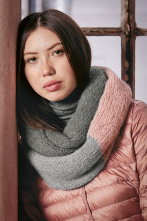 Wooladdicts Romeo Snood in Water